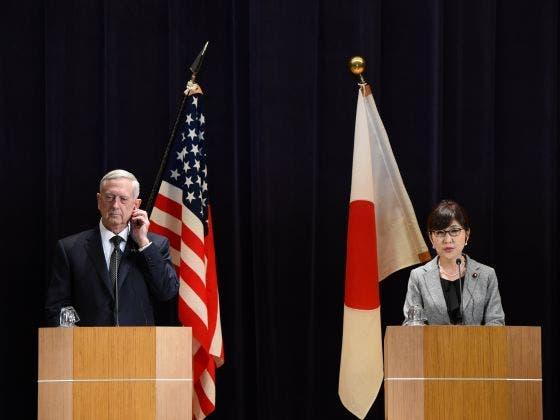 وزير الدفاع الأميركي في اليابان