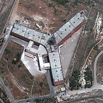 مأساة المعتقلين في سجون الأسد.. شهادات وفاة دون جثث!
