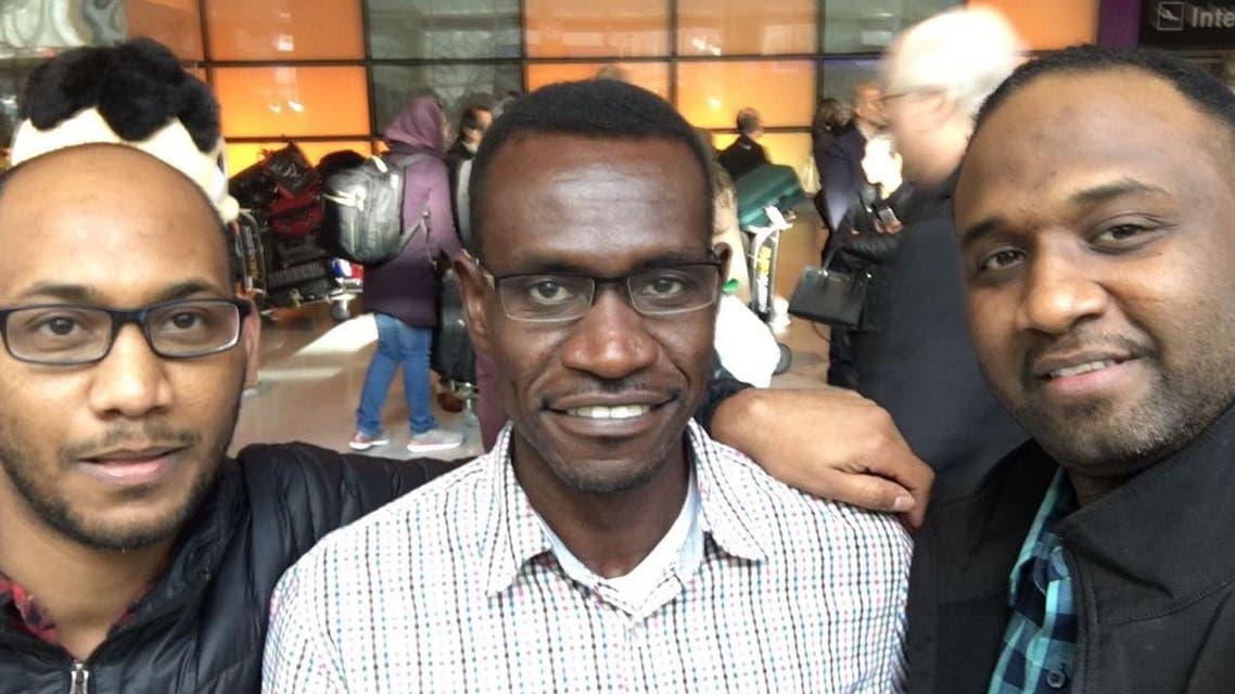 بعد أيام عصيبة.. طبيب سوداني يدخل الأراضي الأميركية