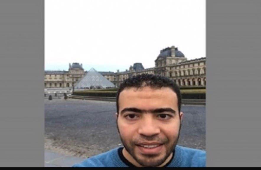 سيلفي ارهاب فرنسا اللوفر