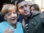 ألمانيا.. نظر دعوى سوري ضد فيسبوك بسبب سيلفي مع ميركل