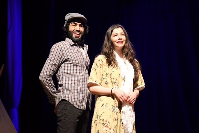 الممثلة لين السيوفي جسدت دور أماني في المسرحية