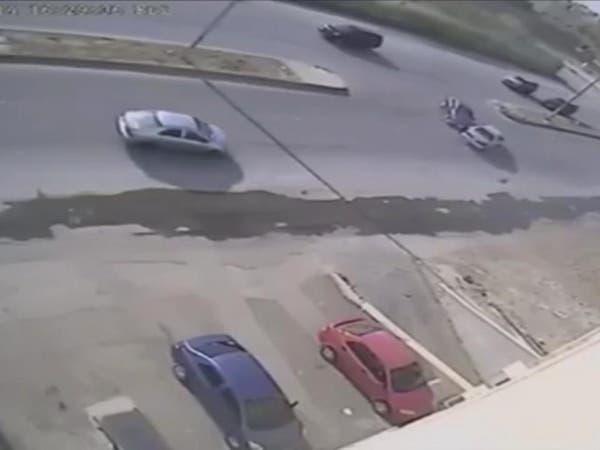 بالفيديو.. الشارع الغريب في الرياض