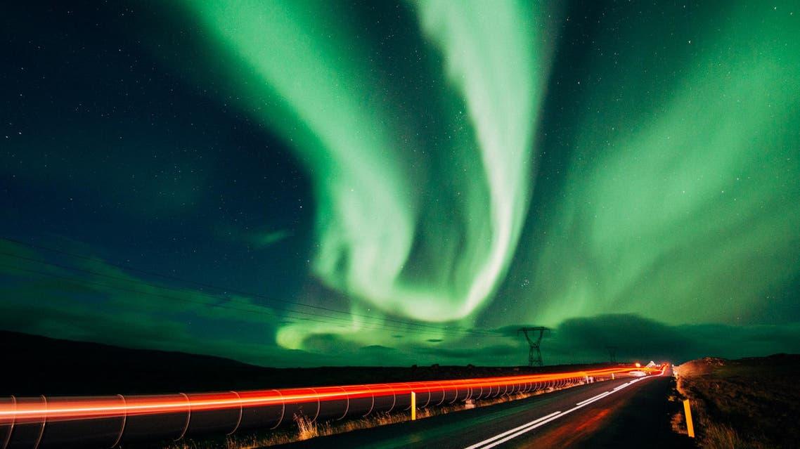 ظاهرة الشفق القطبي في ايسلندا