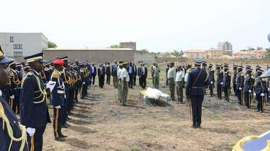 بالصور.. جنوب السودان تشيع زعيماً مسلما في جنازة عسكرية