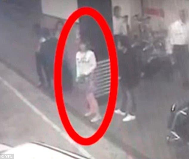 امرأة متورطة في تنفيذ جريمة القتل