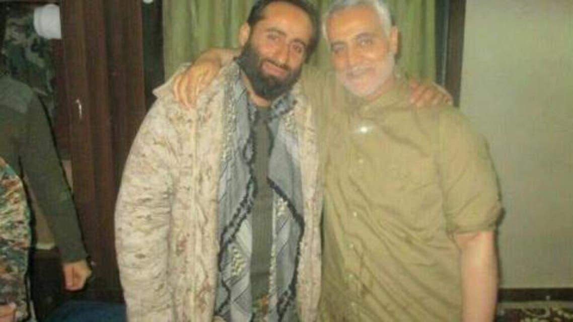 الضابط الايراني مصطفى زال نجاد( على اليسار) الى جانب قائد فيلق القدس ايراني قاسم سليماني