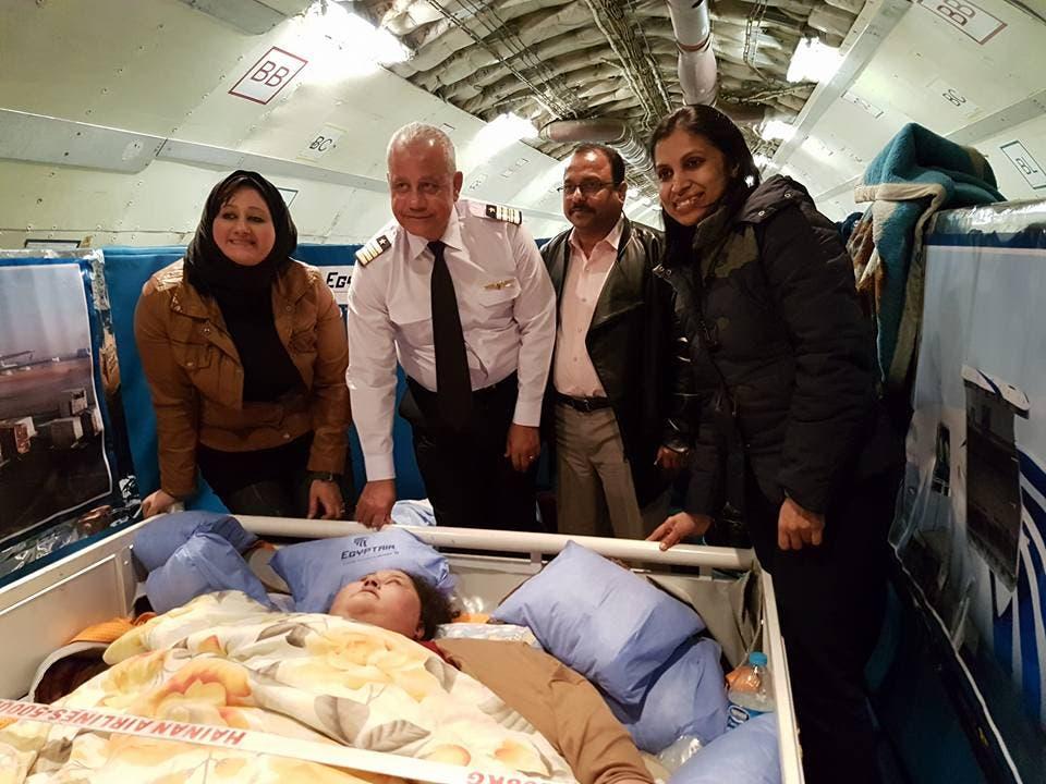 إيمان في الطائرة التي نقلتها للهند