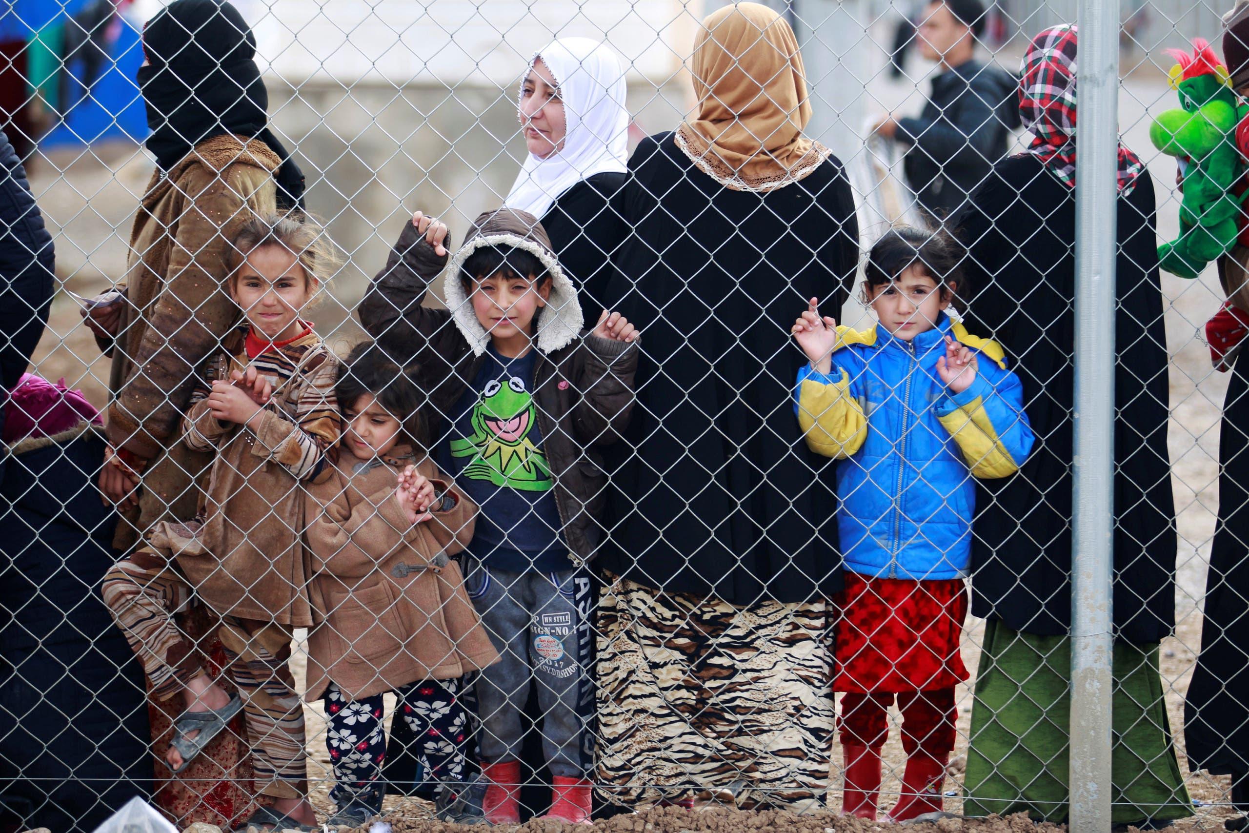 أطفال في مخيم للنازحين في الموصل