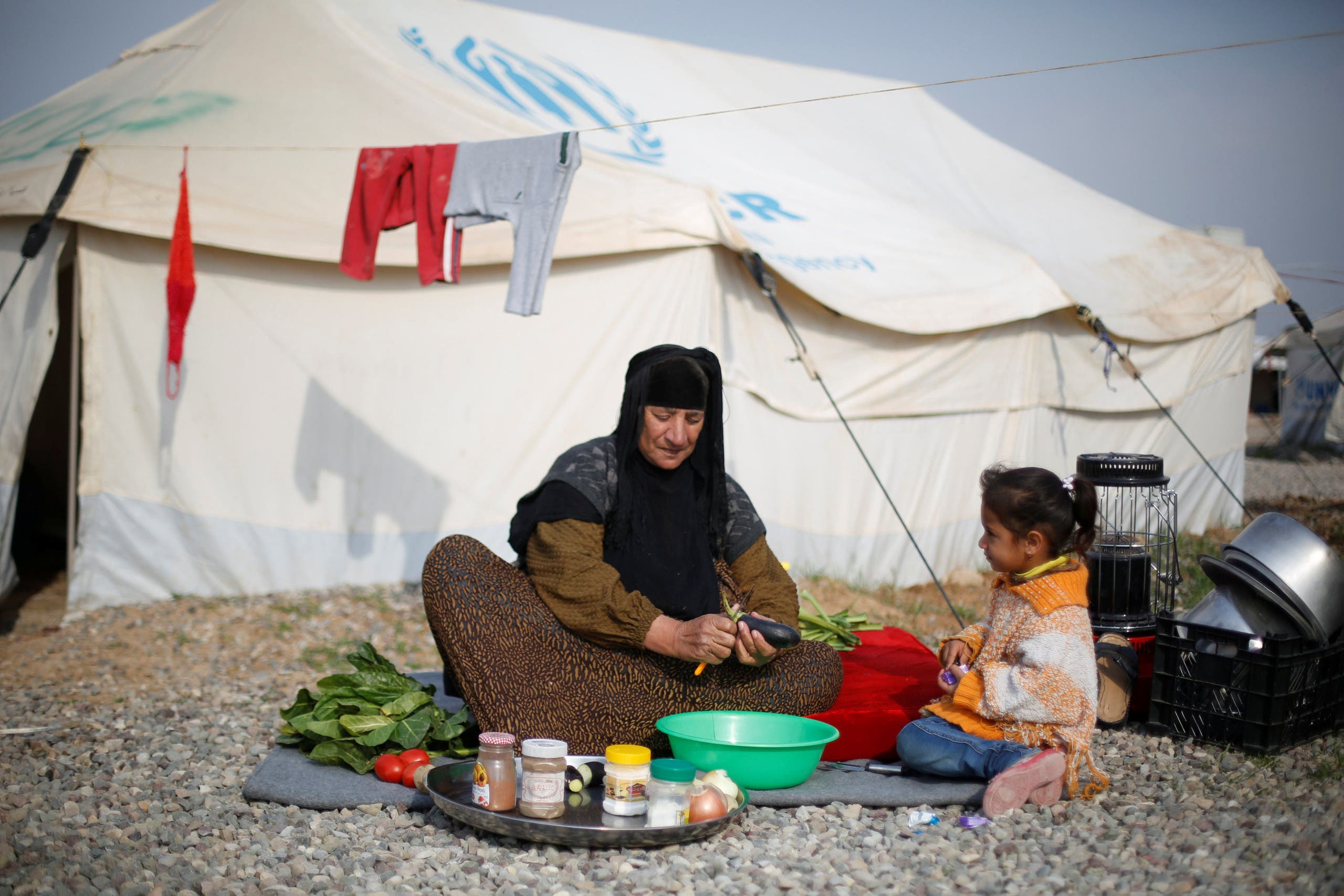 عراقية في مخيم للنازحين في الموصل