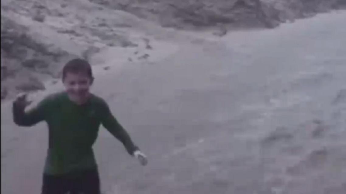 American kids under the rain in Saudi Arabia