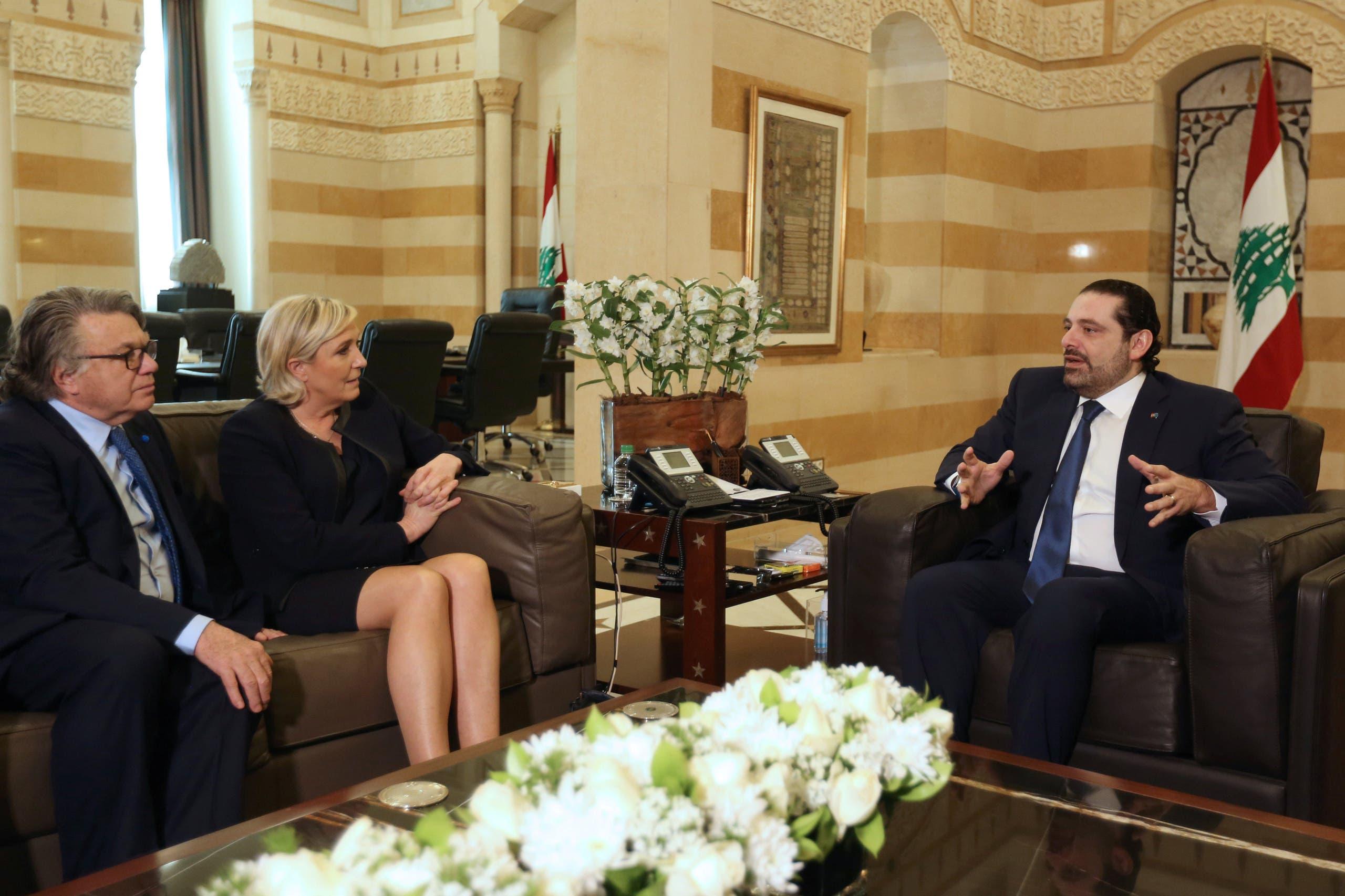 مارين لوبان خلال لقائها رئيس الوزراء سعد الحريري