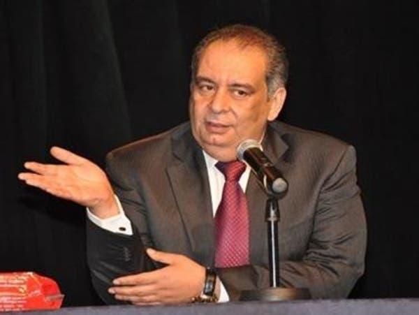 مفكر مصري يتهم يوسف زيدان بسرقة رواياته ويقدم أدلته