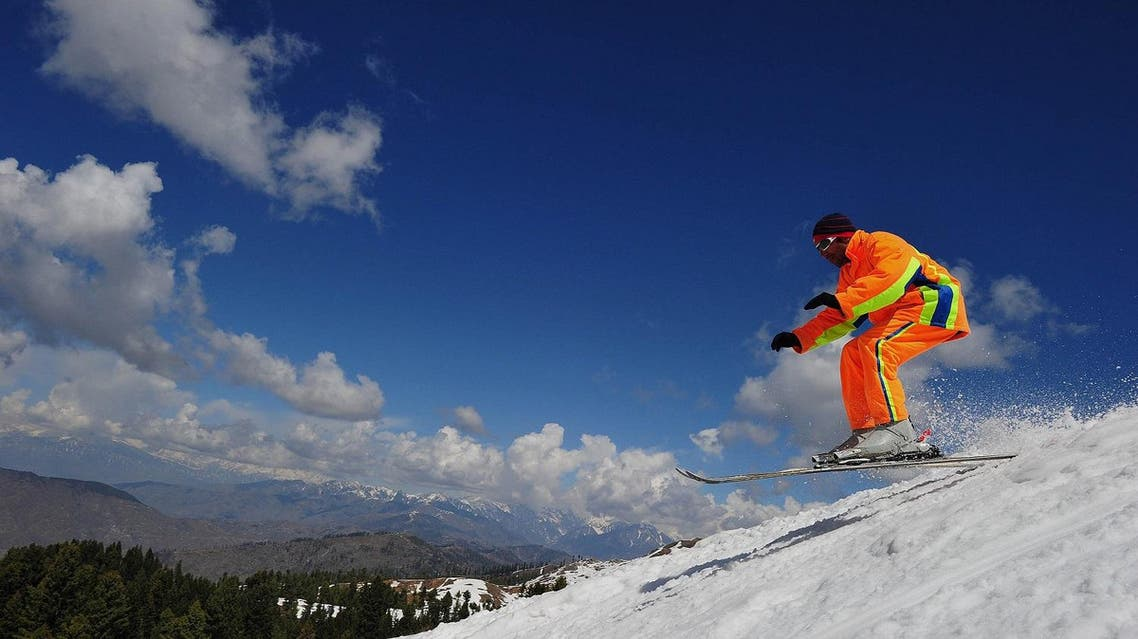 A local man skiing on a mountain during a four-day skiing competition at the Malam Jabba resort, 300 km northwest of Islamabad in the Swat Valley on March 20, 2011. (File photo: AFP)