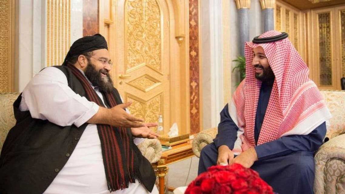Saudi's Deputy Crown Prince Mohammed bin Salman bin Abdulaziz, received the head of Ulemas' Council of Pakistan Hafiz Mohammed Tahir Al-Ashrafi on Tuesday. (SPA)