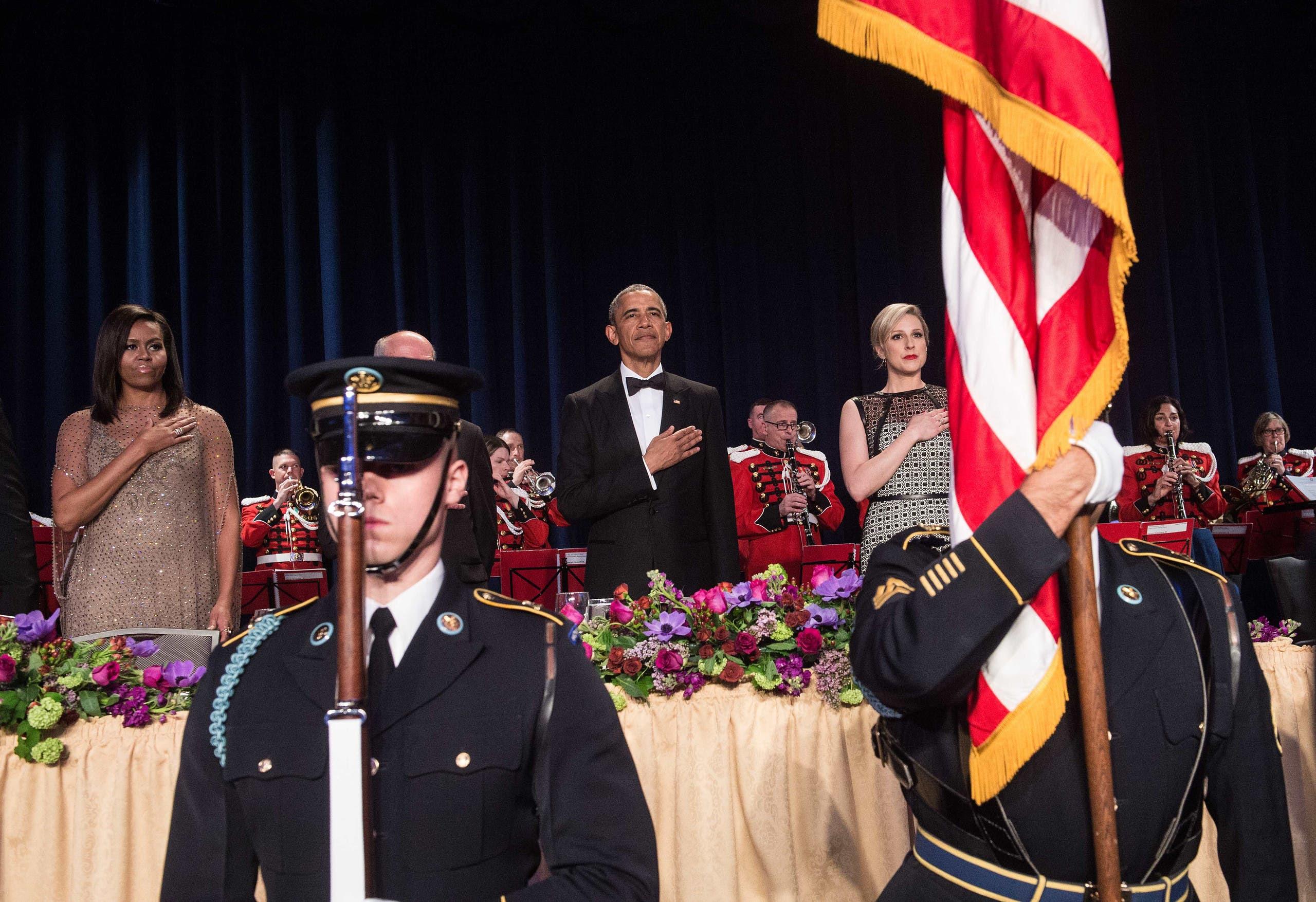من العشاء السنوي لمراسلي البيت الأبيض عام 2016 الذي حضره الرئيس حينها باراك أوباما