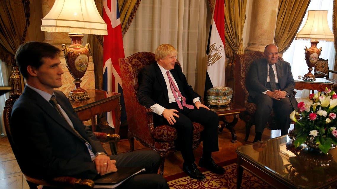 Egyptian FM Sameh Shoukry with British FM Boris Johnson. (Reuters)