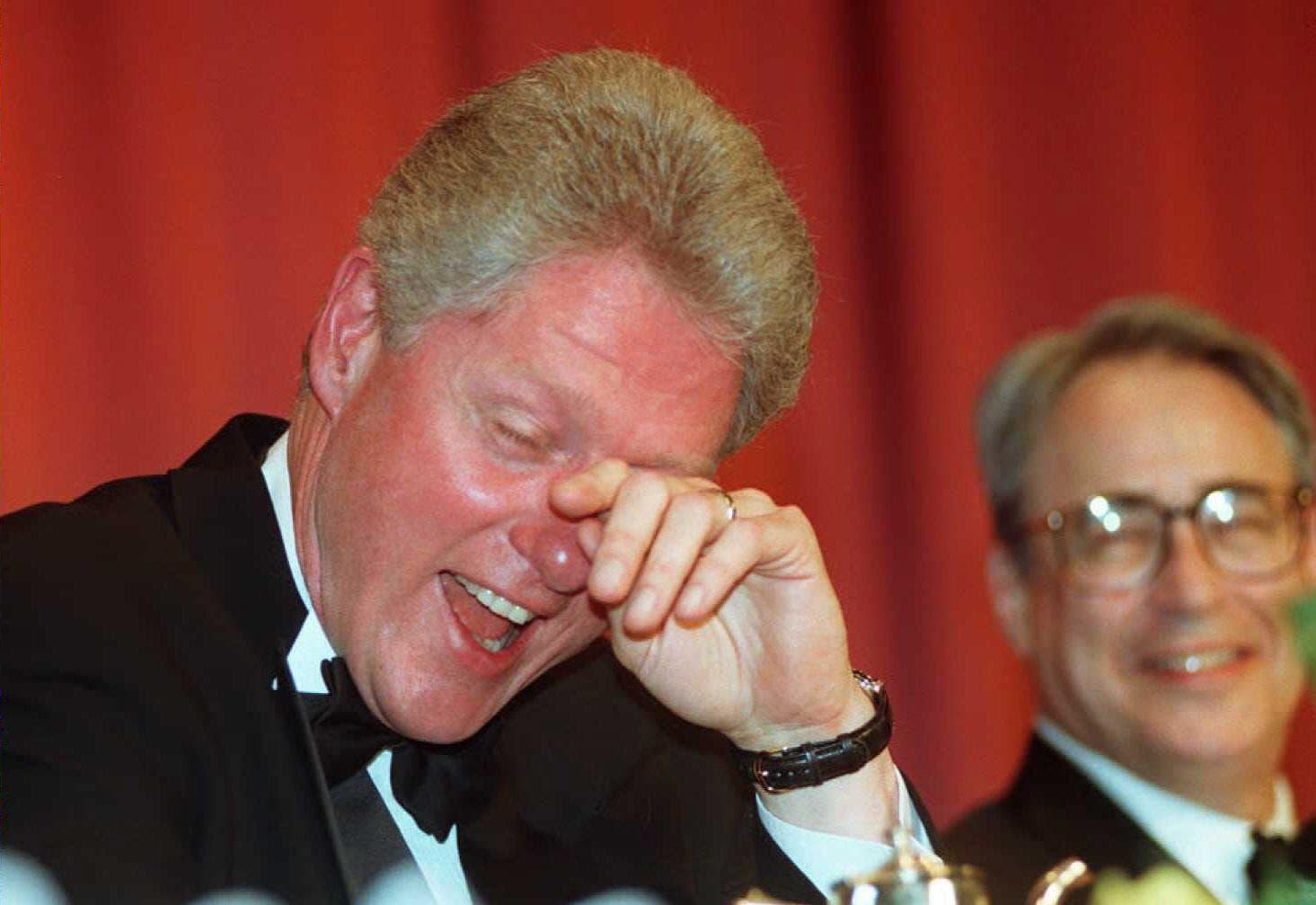 الرئيس الأميركي السابق بيل كلينتون في العشاء السنوي عام 1996