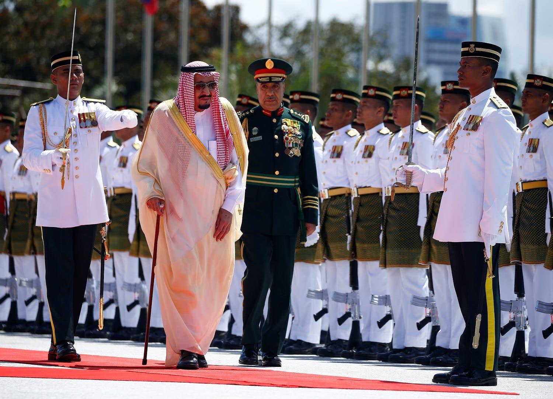 Saudi Arabia's King Salman inspects an honor guard at the Parliament House in Kuala Lumpur on February 26, 2017. (Reuters)
