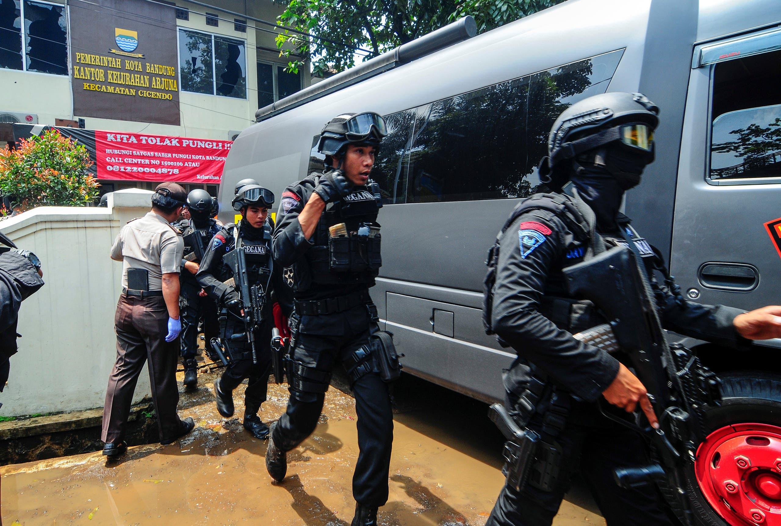 الشرطة في مكان الحادث