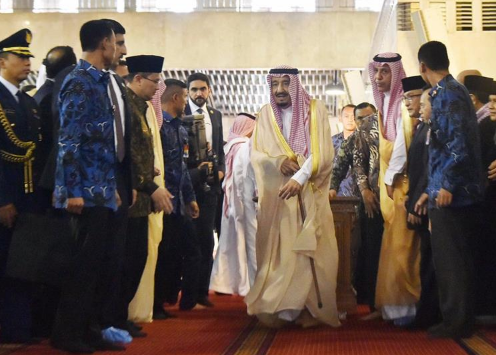 Saudi Arabia's King Salman visits Indonesia's Istiqlal Mosque
