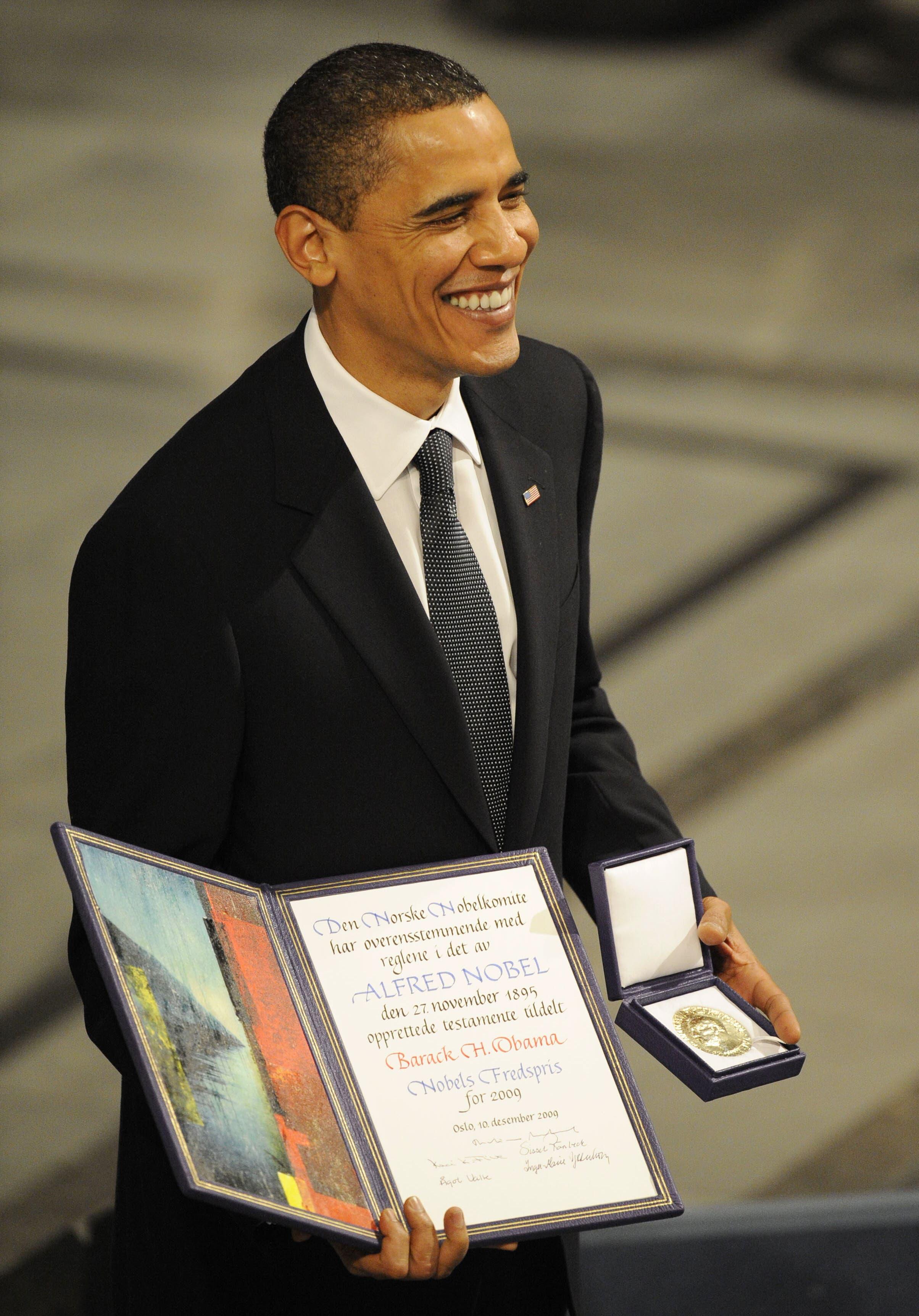 الرئيس الأميركي باراك أوباما الفائز بجائزة نوبل للسلام في 2019