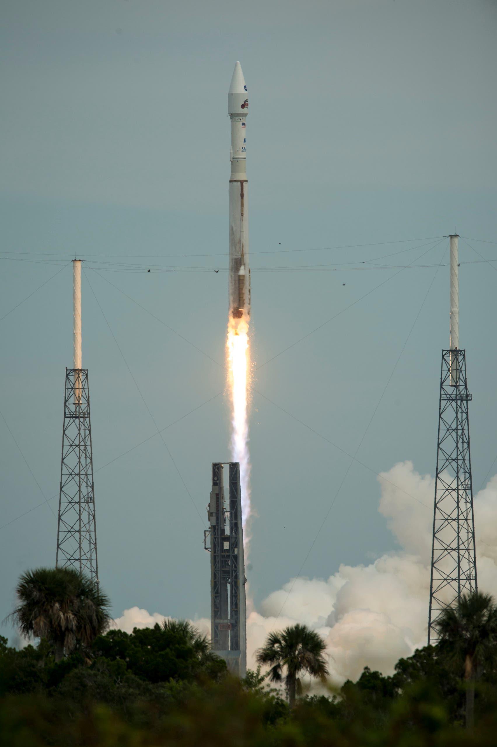 القمر الصناعي مافن عند إطلاقه في نهاية 2013