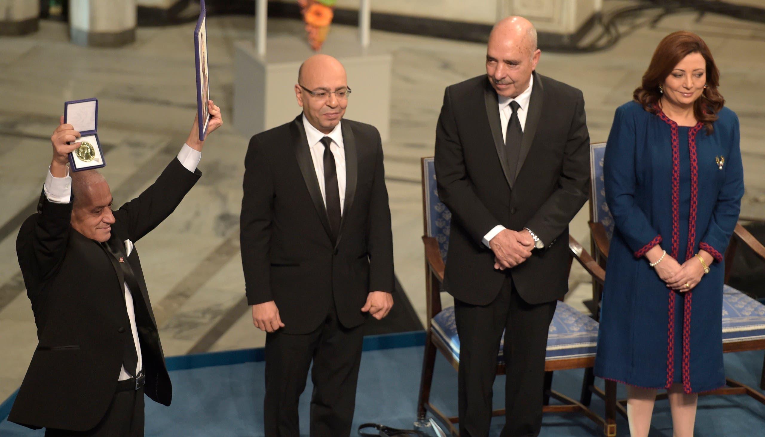 رباعية الحوار بتونس تتسلم الجائزة في 2015