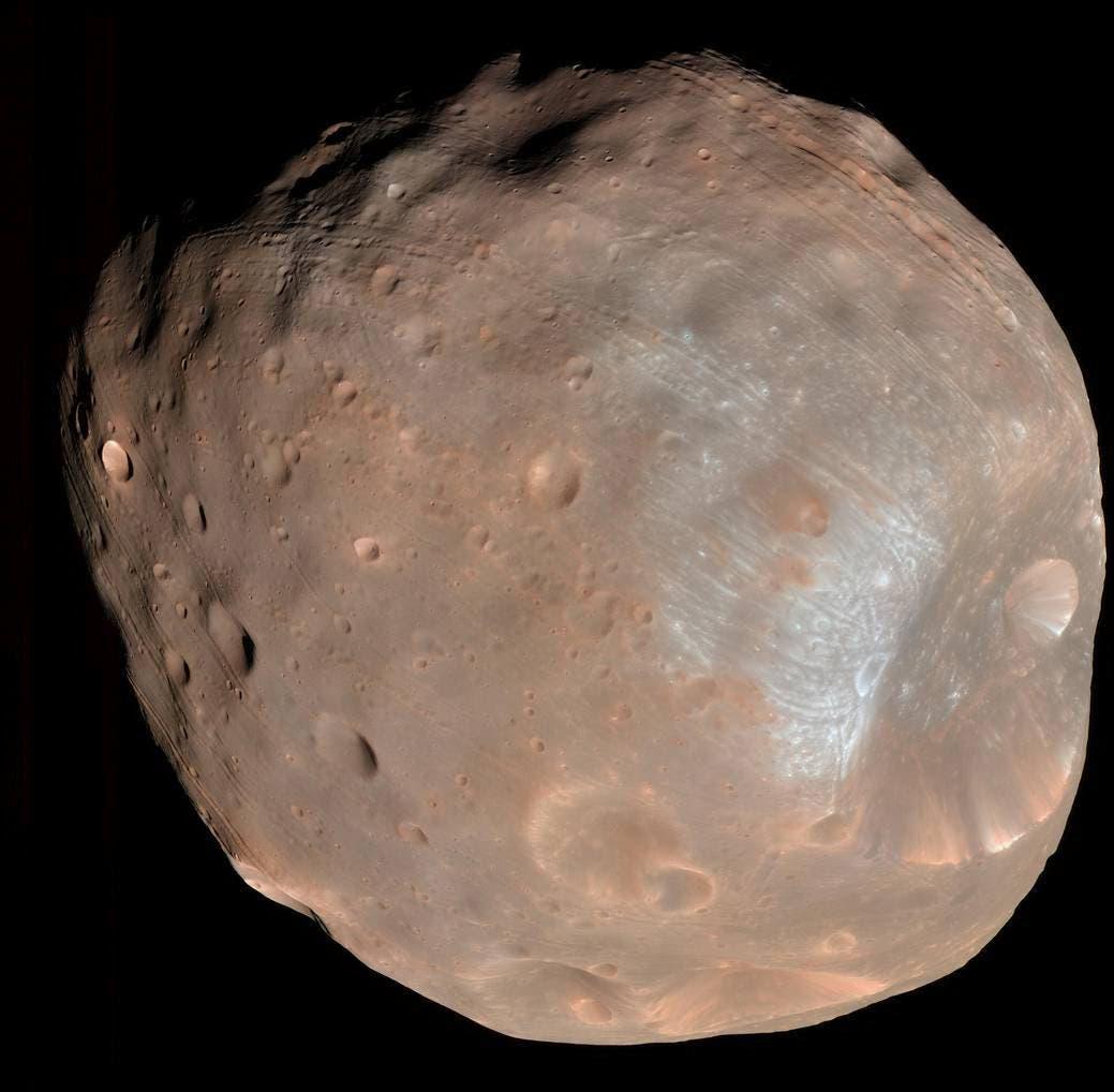 القمر فوبوس