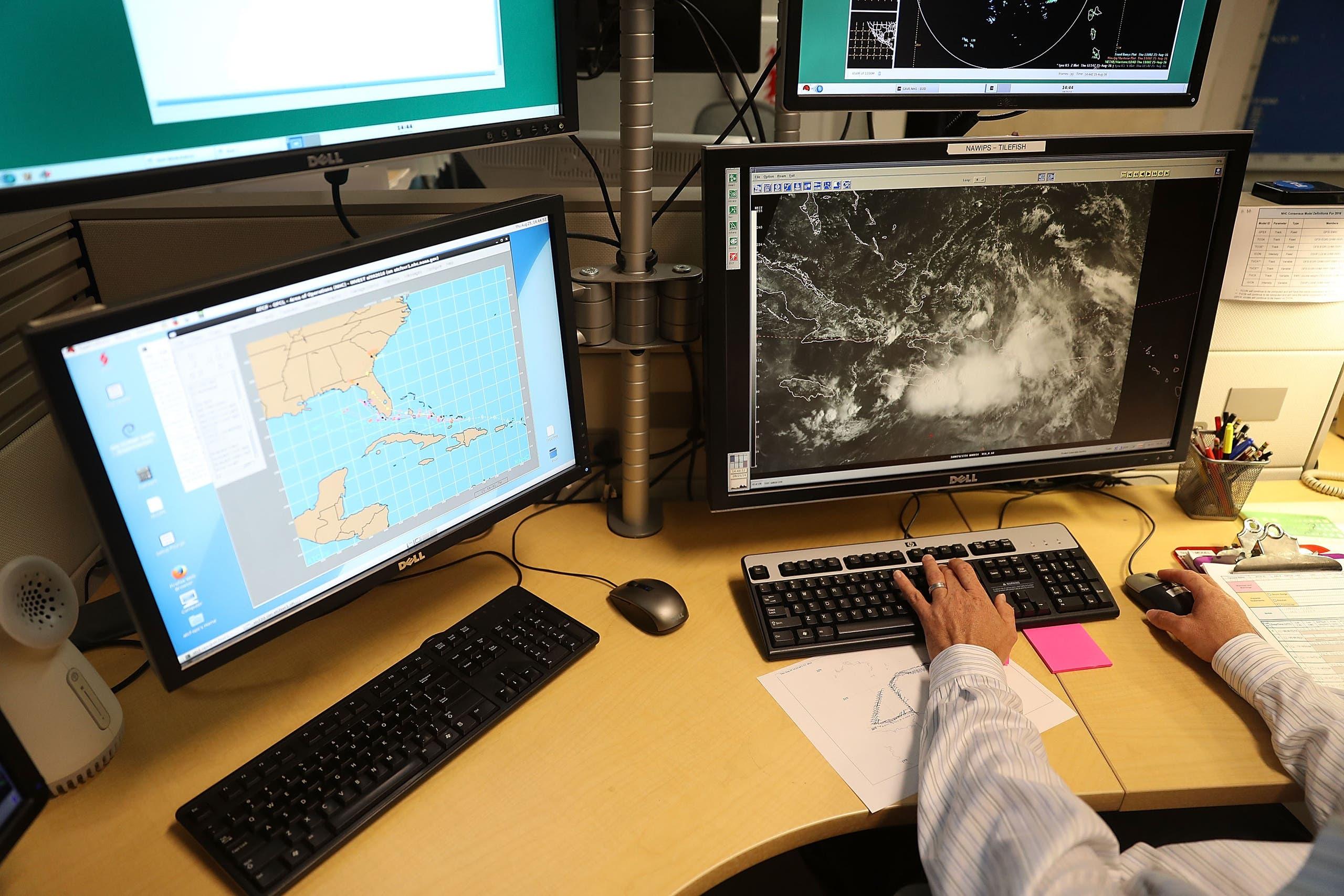 مركز مراقبة الإعصارات التابع للوكالة في ميامي (أرشيفية)