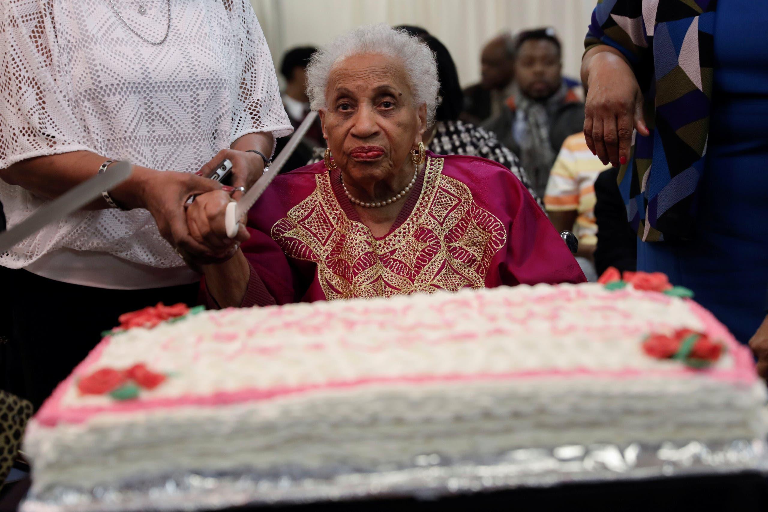 لوسيل برايس (101 عام)