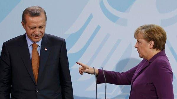ميركل تحذر أردوغان: الهجوم يؤدي لعودة داعش