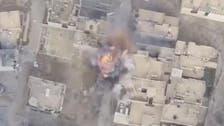 فيديو.. بطل عراقي يعترض انتحارياً من داعش بالموصل