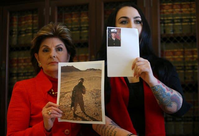 یک تفنگدار زن که عکسهایش منتشر شده است