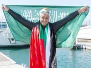 كم استغرقت سباحة سعودية من الوقت للإعداد لعبور خور دبي؟