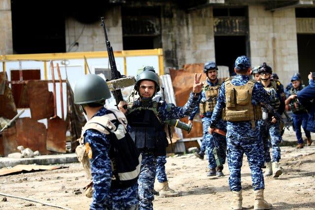 نیروهای عراقی در محله قدیمی موصل در بخش غربی