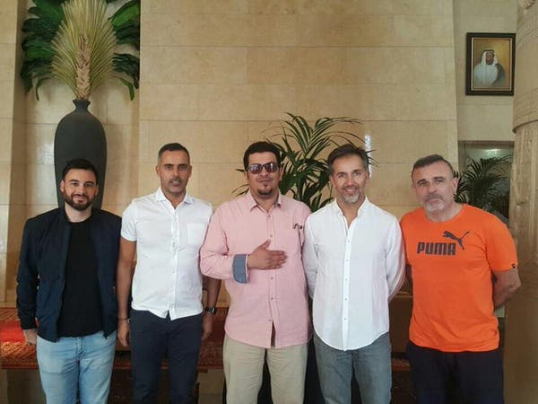 رسمياً.. التعاون يعيد البرتغالي غوميز