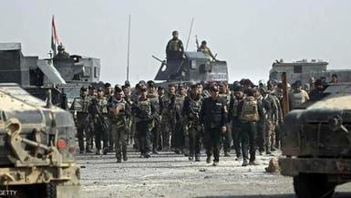 """غرب الموصل.. داعش """"يستشرس"""" ويحتجز 40 عائلة بكل بيت"""