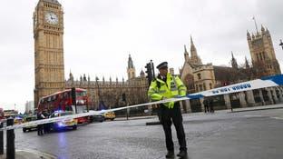 صور وفيديو.. قتلى بدهس وطعن قرب البرلمان البريطاني