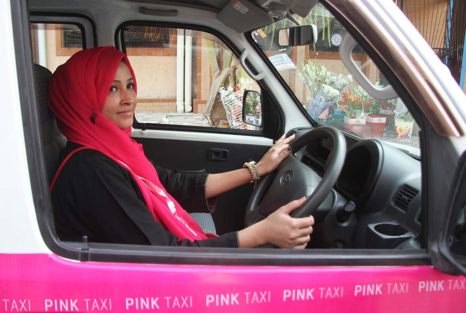 Women in Pakistan's commercial hub Karachi are set to ride taxis driven by women in an initiative to protect female customers from harassment they commonly face when travelling around the crowded city. (Shutterstock)
