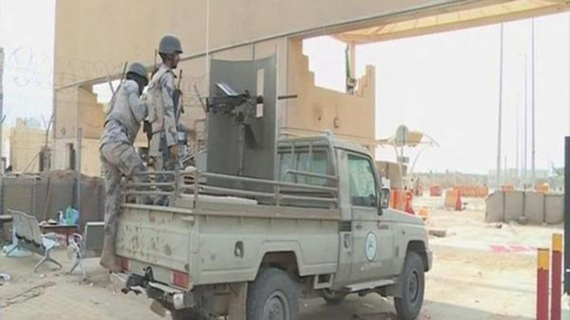 Saudi Interior Ministry reported on Thursday that a soldier has been killed by Houthi shelling on a border post in south Dhahran archive