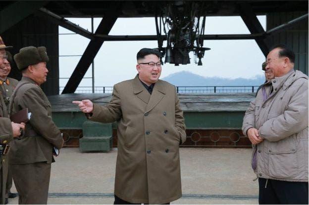 رهبر کره شمالی خوشحال از شلیک موشک هستهای