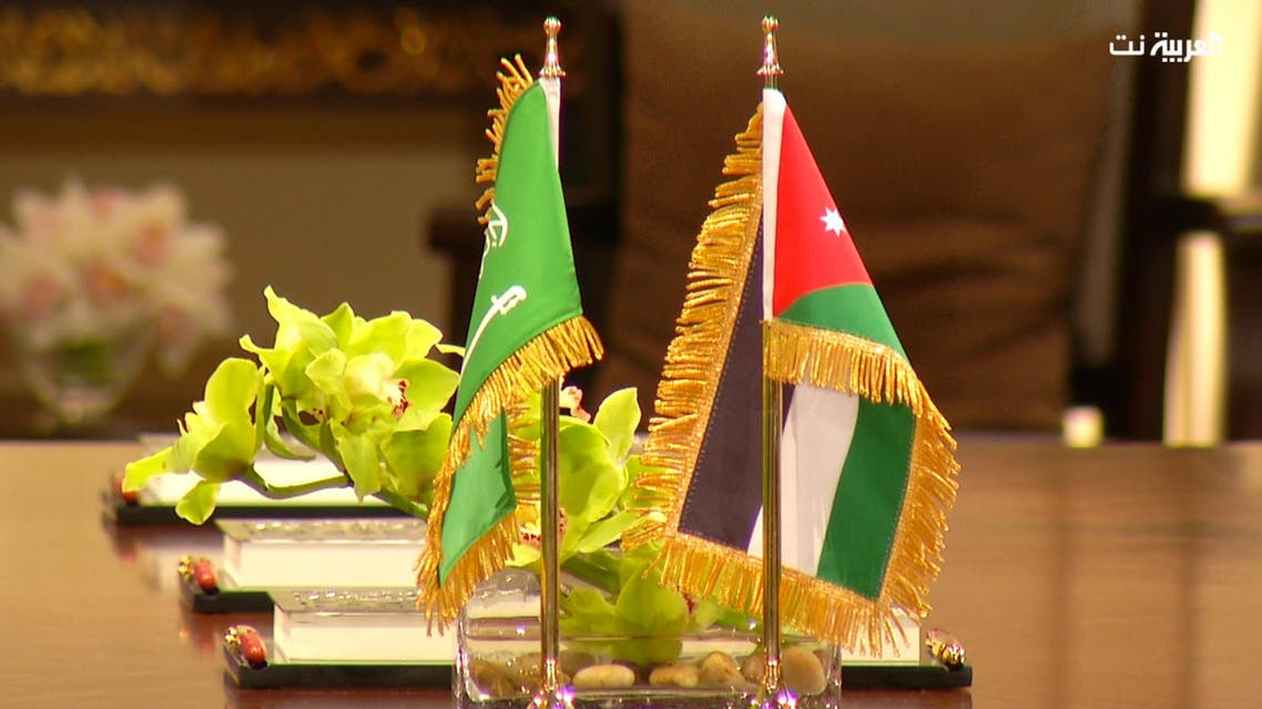 صور لقاء الملك عبدالله الثاني بالملك سلمان وتوقيع الاتفاقيات