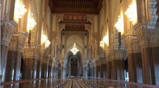 مسجد  الملك الحسن الثاني من الداخل