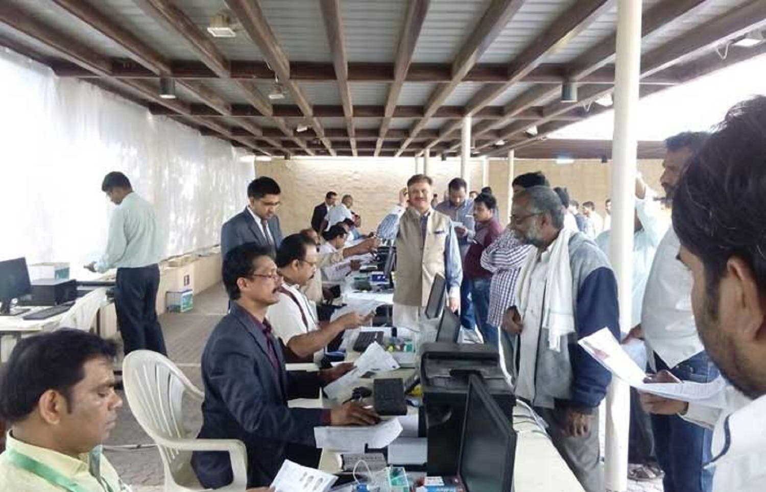The authorities have made elaborate arrangements to cope with the rush and assist applicants. (Saudi Gazette)