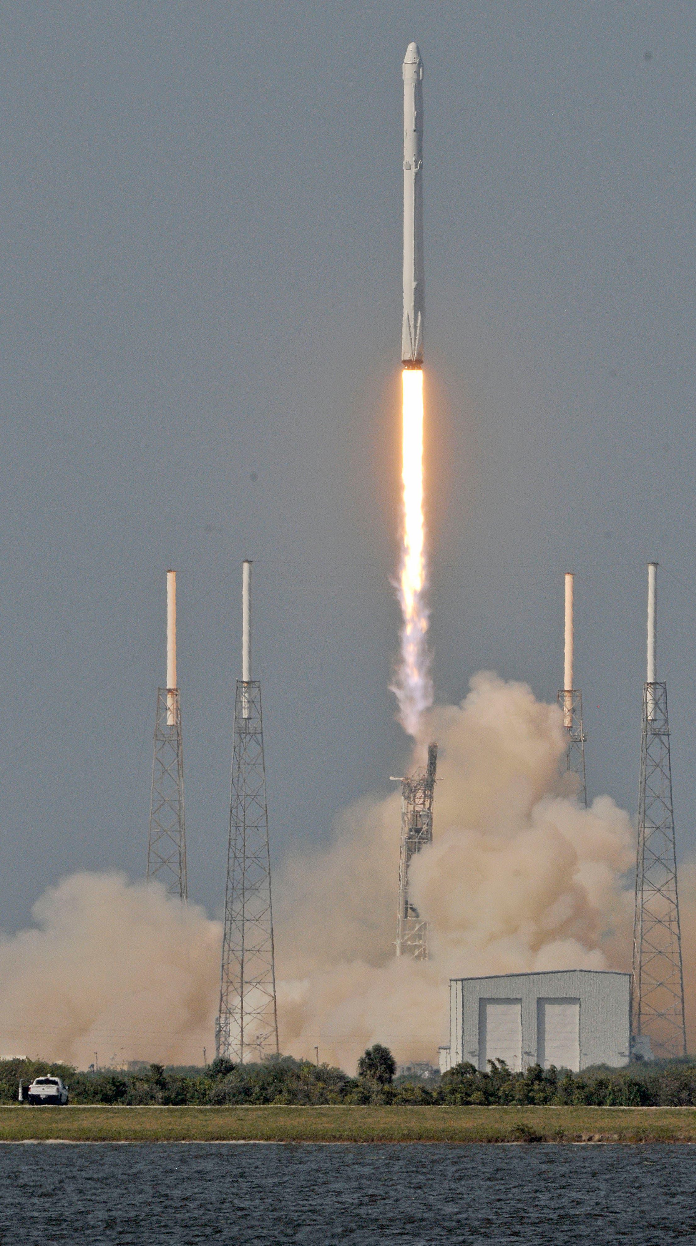 من عملية الإطلاق التي تمت في أبريل 2016