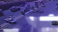 """بالفيديو.. حادث مروري """"جماعي"""" في نجران"""