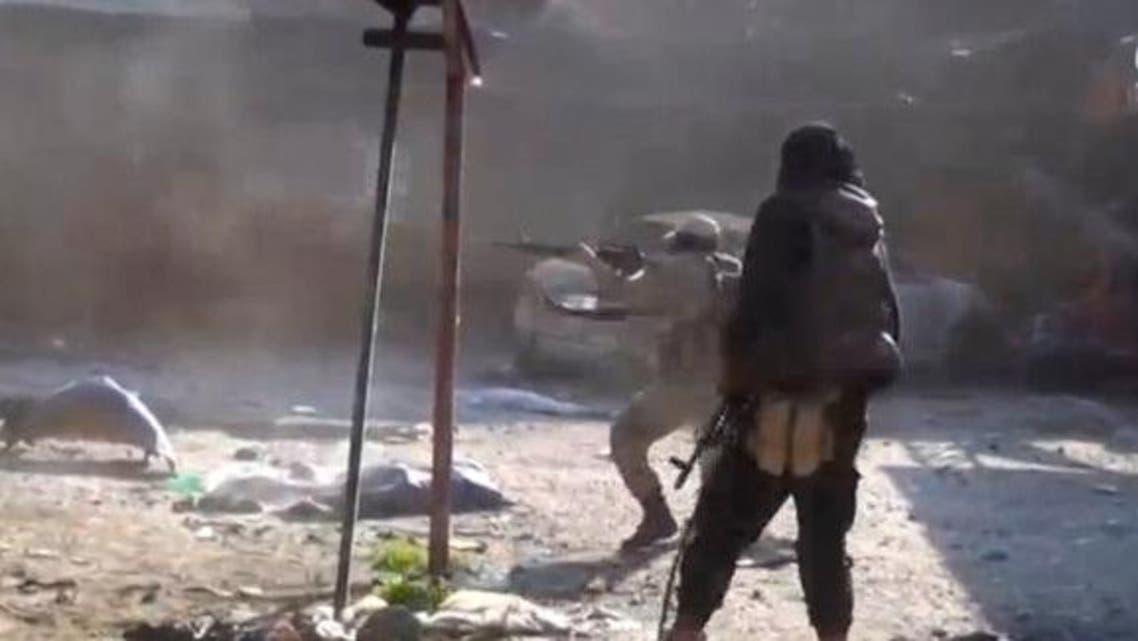عنصران من داعش غرب الموصل نشرتها وكالة أعماق التابعة للتنظيم