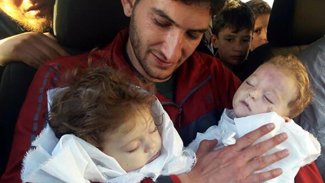 طفلان قضيا في مجزرة إدلب