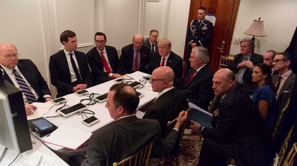 ترمب يتابع الضربة العسكرية عل سوريا